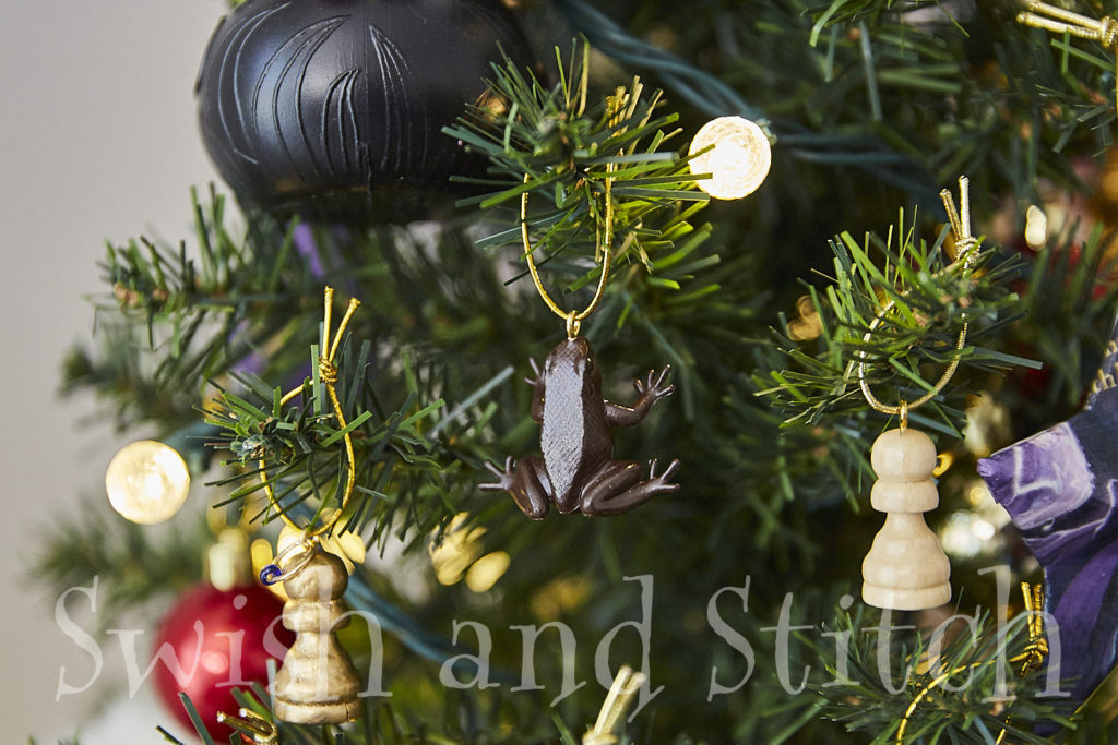 Diy Harry Potter Chocolate Frog Christmas Ornaments Swish And Stitch